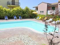 Casa de vacaciones 1268438 para 4 personas en Lazise