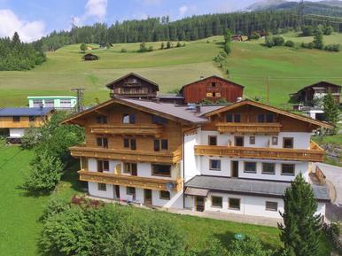 Gemütliches Ferienhaus : Region Zillertal Arena für 50 Personen