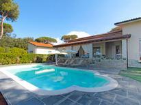 Ferienhaus 1269367 für 10 Personen in Marina di Pietrasanta