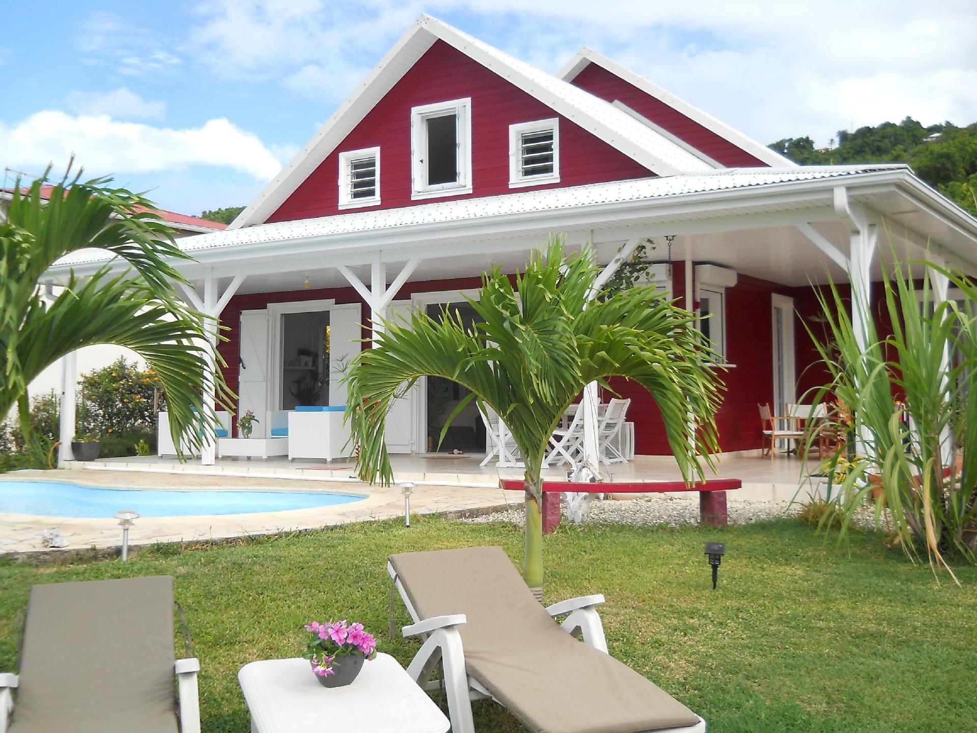 Casa de vacaciones con piscina particular para 6 personas aprox. 180 m² en La Trinité, La Trinité