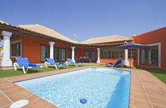 Holiday home 1269809 for 4 persons in Corralejo