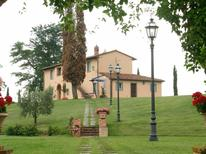 Holiday apartment 1269817 for 6 persons in Montepulciano