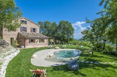 Ferienhaus 1270118 für 13 Personen in Montefelcino