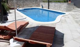 Ferienwohnung 1270600 für 3 Personen in Puharići bei Makarska