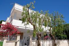 Ferienhaus 1272167 für 8 Personen in Lido di Specchiolla