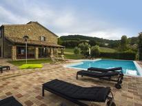 Villa 1272395 per 8 persone in Pergola