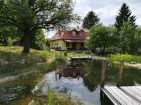 Rekreační dům 1273360 pro 9 dospělí + 1 dítě v Csernely