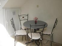 Appartement 1275649 voor 3 personen in Baska Voda