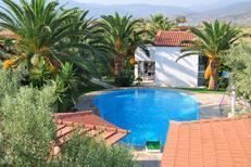 Ferienhaus 1278362 für 5 Personen in Paralio Astros