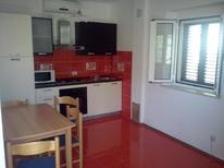 Appartement 1282600 voor 3 personen in Sumartin