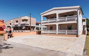 Für 4 Personen: Hübsches Apartment / Ferienwohnung in der Region Vir