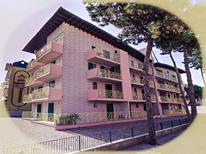 Appartement 1283529 voor 5 personen in Porto di Falconera