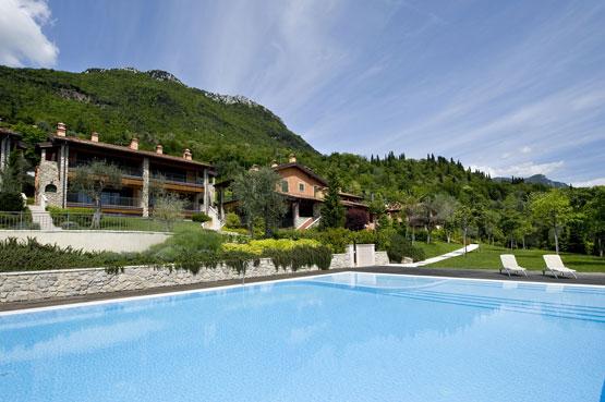 Ferienwohnung für 7 Personen ca. 150 m²    Gardasee - Lago di Garda