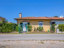 Ferienhaus 1284249 für 4 Personen in Marina di Pietrasanta
