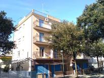 Ferienwohnung 1285277 für 4 Personen in Lignano Sabbiadoro