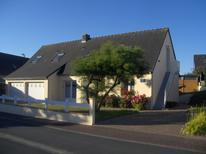Ferienwohnung 1287191 für 4 Personen in Gouville-sur-Mer