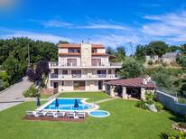 Vakantiehuis 1288863 voor 20 personen in Kalonyktis