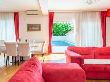 Gemütliches Ferienhaus : Region Zadar für 8 Personen