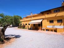 Ferienhaus 1292858 für 16 Personen in Vilasacra