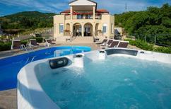 Vakantiehuis 1293925 voor 10 personen in Hreljin