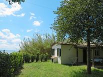 Ferienhaus 1294190 für 2 Personen in Val di Lago