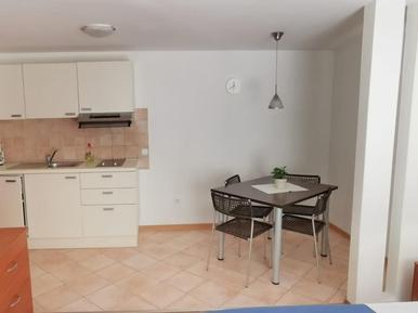 Für 2 Personen: Hübsches Apartment / Ferienwohnung in der Region Cres