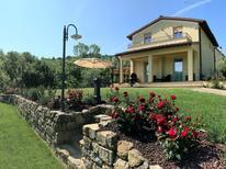 Casa de vacaciones 1295343 para 7 personas en Pergine Valdarno
