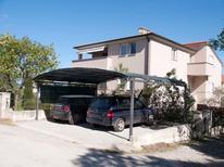Appartement 1295566 voor 6 personen in Pula