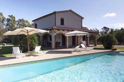 Gemütliches Ferienhaus : Region Alghero für 11 Personen
