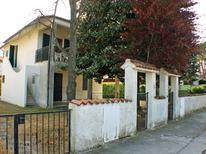 Ferienhaus 1296001 für 8 Personen in Lido delle Nazioni