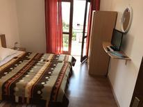 Rekreační byt 1296455 pro 3 osoby v Gradac