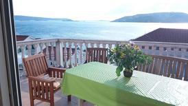 Vakantiehuis 1296754 voor 10 personen in Okrug Donji