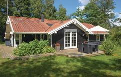 Ferienhaus 1297094 für 8 Personen in Følle Strand
