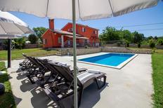 Ferienhaus 1297757 für 8 Personen in Paradiž bei Labin