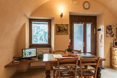 Studio 1297758 für 4 Personen in Riva di Solto