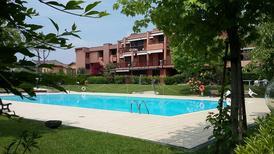 Appartement 1297886 voor 4 personen in Desenzano del Garda