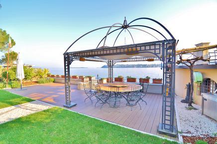 Gemütliches Ferienhaus : Region Gardasee für 10 Personen
