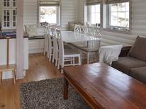 Villa 1298277 per 8 persone in Fjell
