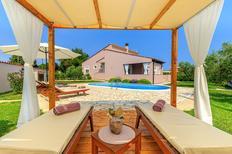 Maison de vacances 1298533 pour 8 personnes , Marčana