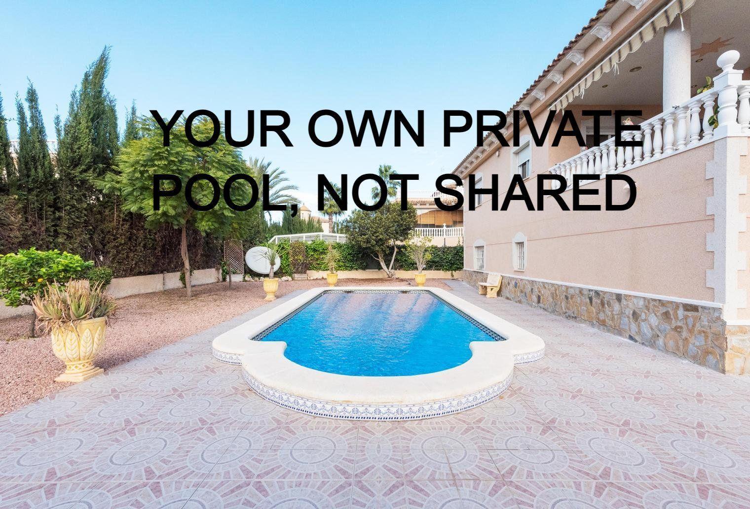 Ferienhaus mit Privatpool für 5 Personen ca.
