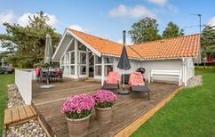 Ferienhaus 1299863 für 6 Personen in Øerne