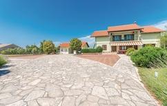 Vakantiehuis 1299876 voor 10 personen in Lisicic