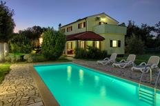 Holiday home 1300591 for 10 persons in Pavicini