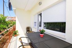 Appartamento 1301873 per 5 persone in Trau