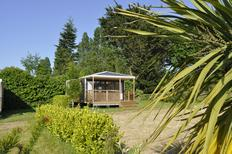 Mobile home 1301956 for 4 persons in Étables-sur-Mer