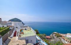 Appartement 1302045 voor 4 personen in Ischia