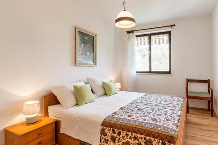 Für 5 Personen: Hübsches Apartment / Ferienwohnung in der Region Losinj