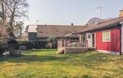 Casa de vacaciones 1302858 para 4 adultos + 2 niños en Beddingestrand