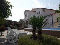 Vakantiehuis 1303105 voor 6 personen in Kavran