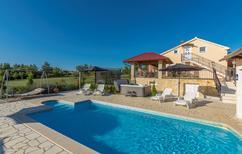 Ferienhaus 1303344 für 8 Personen in Nova Vas